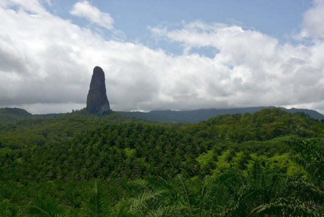 7 days package sao tome and principe Pico cao Grande